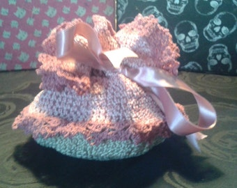 crochet scent pouch pink