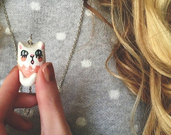 White & Pink Kitty Necklace