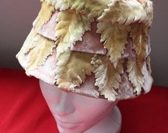 Sanjé Velvet Leaf Pattern Bucket Hat 1960s
