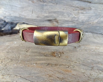 EXPRESS SHIPPING,Men's Burgundy Leather Bracelet, Men's Jewelry, Antiquing Magnetic Clasp Bracelet, Men's Cuff Bracelet, Father's Day Gifts