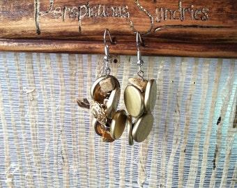 The Estellas- button earings