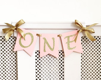 High chair Birthday banner. One Highchair banner. Pink and gold. Smash cake. First birthday banner. Girl or Boy