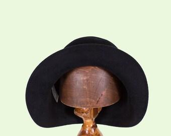 Handmade Miss Fisher Fur Felt Cloche Hat/1920s cloche hat made in Australia