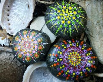 Mandala gift stones