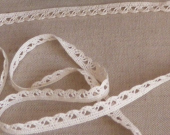 Cotton ecru lace