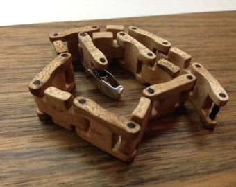 Bracelet Magnifier Maple