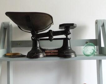 Vintage Scales / Shop Scales