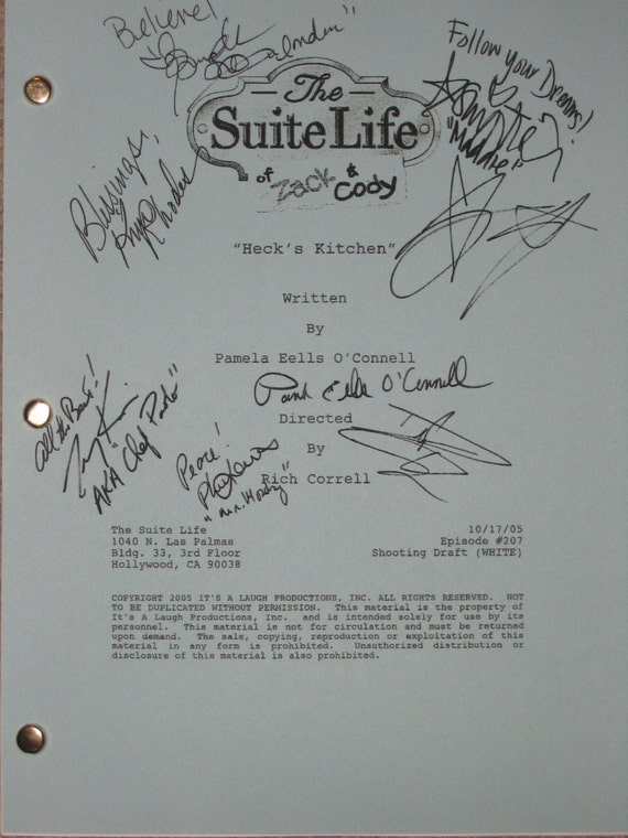 The Suite Life of Zack & and Cody Signed TV Script Screenplay Autograph Ashley Tisdale Brenda Song Kim Rhodes  Cole Dylan Sprouse Phil Lewis