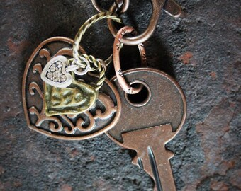 heart & key charm necklace