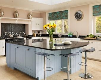 Luxury bespoke handmade to measure shaker style kitchen units cabinets