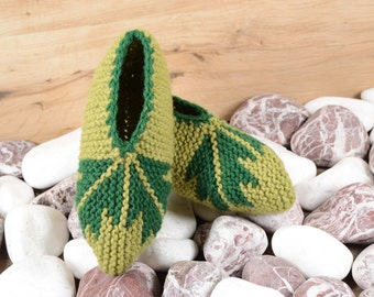 Green hand knit wool slippers , hand knit wool socks , Hand knit slippers, Knitted Wool Socks, knitted wool slippers, Wool socks
