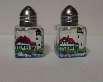 Lighthouse Tiny Salt & Pepper, lighthouse art, Portland Head Light, Maine art, lighthouse salt shakers, lighthouse mini salt shakers