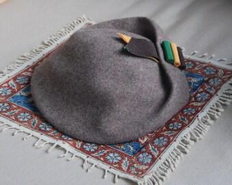 1960s Tally-Ho Brown Tan Wool Polish Beret Hat