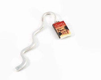 Death in the Nile (Agatha Christie) mini book bookmark