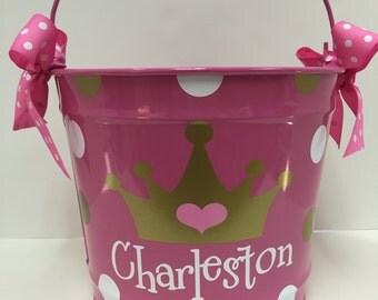 Personalized Girl's Princess Bucket- Monogrammed Bucket- 10 Quart Bucket- Easter Bucket- Personalized Children's Gift- Pink Bucket- Pail