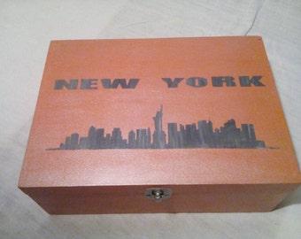 New York wooden storage box