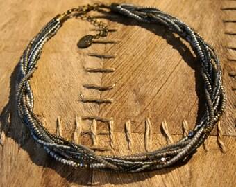 Tohoperlen necklace in grey