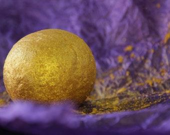 Gorgeous Golden Bath Bomb