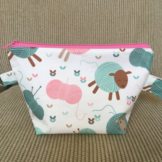Zippered Knitting Bag : Small zippered knitting project bag