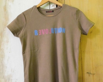 revolution LOVE T-shirt limited edition