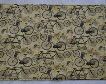 Set of 6 placemats & 2 pot holders, reversible placemats, bicycle placemats, linens,cloth placemats, gift, birthday gift