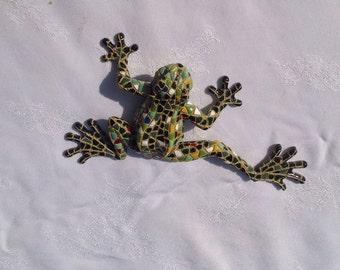 Funky Frog figure