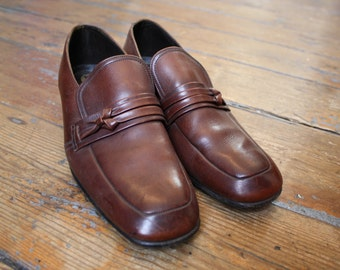 Mens Brown Leather Slip on Loafer Shoes by Wearra Size 7.5 Shoes Mens 1960's 1970's