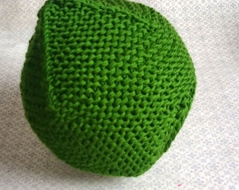 Baby Hat green 40 cm - unstretched -.