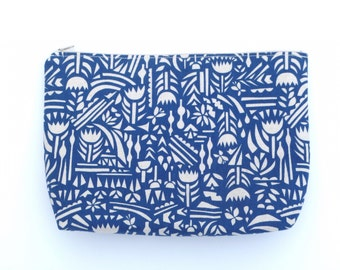 POUCH blue graphic