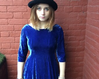 very cute vintage 60s blue velvet dress