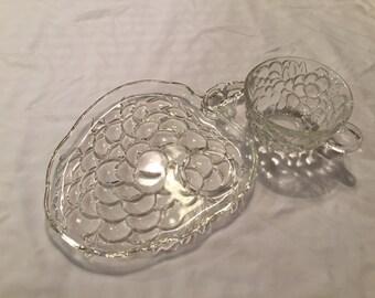 Set of 4 Vintage Glass Snack Plates - Grape Shape