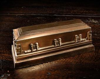 Salesman Coffin Sample