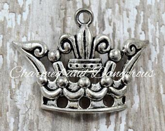 Pewter Crown pendant (P1)