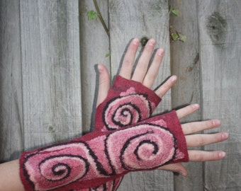 Felted mittens, fingerless gloves, red with ornament.