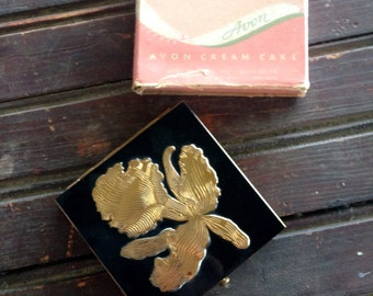 Avon Compact with Box   Black and Gold Compact with Box and Pouf
