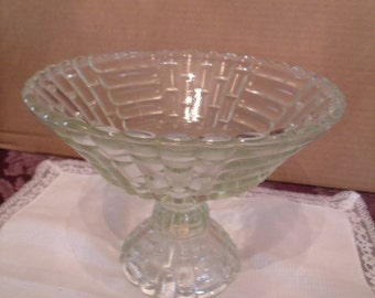 Vintage Clear Glass Fruit Bowl, (# 178/10)