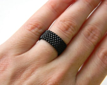 Womens black ring Black ring for women Womens pinky ring Black thumb ring for men Modern minimalist ring Seed bead jewelry Simple black ring