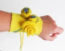 Felted cuff bracelet, yellow felt bracelet, wool armlet, felted bangle, woolen wristband, yellow blue armlet, nunofelted cuff, wedding gift