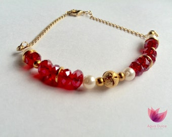 Beautiful bracelet glass red and gold