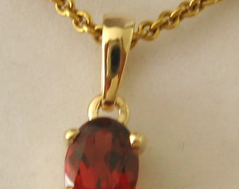 Genuine SOLID 9K 9ct YELLOW GOLD January Birthstone Garnet Pendant