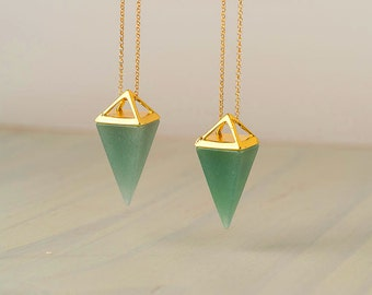 Green Aventurine Point Necklace Green Triangle Necklace Pyramid Pendant Quartz Crystal Layering Healing Crystal Yoga Pendant