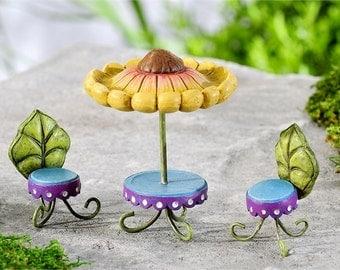 Fairy Garden table - Fairy Garden Chairs - Fairy garden - fairy home - fairy House - Miniature Fairy furniture - Fairy accessories - Garden
