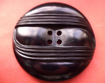 4 large black buttons 38mm (1199)