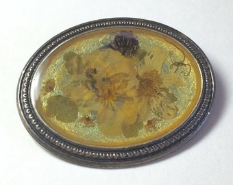 Vintage French dried flower brooch by Milion Solis.