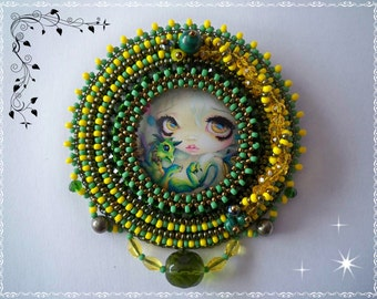 Brooch Green Breeze - Bead embroidery