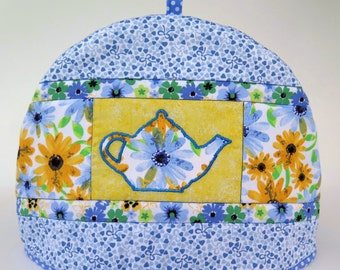 Quilted tea cosy, blue and yellow