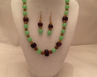 Chocolate Mint Jewelry Set/Necklace and Earrings/Beaded Jewelry