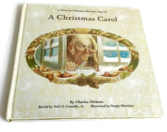 Vintage Christmas book, A Christmas Carol vintage  book  from  1993. Vintage pop up book, vintage children room decor .