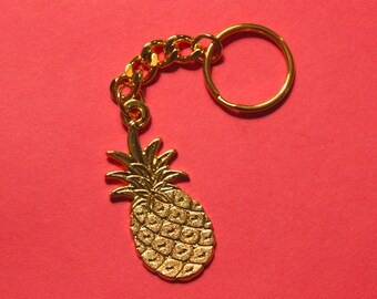 Palm Springs Chic Gold Pineapple Keychain // Pineapple Charm // Pineapple Key Chain