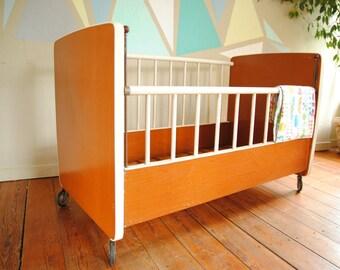 Vintage crib 60s by Paidi on wheels